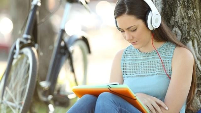 gen z belajar dengan audio visual